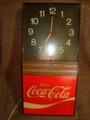 コカコーラ70年代店舗用、掛け時計(ライト点灯)