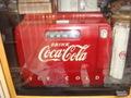 Coca Cola:1950年代の真空管ラジオ