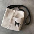 フラットコーテッド・レトリーバー/犬刺繍サコッシュ【R-11】5,800円(税別)
