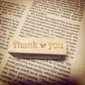 文字<THANK YOU>