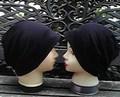 1  両面黒のリバーシブル帽子