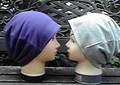 """9  """"紫色""""と""""グレー""""のリバーシブル帽子"""