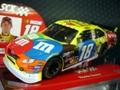 "SCX 1/32スロットカー #18 Kyle Busch ""M&M's""  2009 TAYOTA CAMRY    直輸入品★再入荷!"