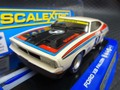 scalextric1/32 スロットカー   C3303◆FORD FALCON XC WINNER BATHURST 1977 MOFFAT    ライト点灯・ハイディテールモデル   入荷しました★今すぐ注文を!