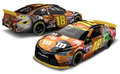 "Action/Lionel 1/24 ダイキャストモデル  ◆#18 KyleBush M&M's "" Halloween ""  2015 TOYOTA CAMRY  限定モデル  2015年2月発売の新商品! 僅か733台・限定モデル"
