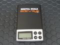 sideways  スロットカーツール SWPS01 ◆デジタル ポケット スケール Digital Pocket Scale. コンパクトなポケットサイズの重量計。専用ソフトケース付き!◆サイドウェイズのロゴ入り!