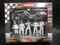 Carrera 1/32 コースサイド アクセサリー  21111◆ピットクルー&メカニック /フィギュア 5体SET 給油ホース&ロリポップ 付き   Pit Cruw Mechanics ★貴方のサーキットに!