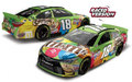 "Action/Lionel 1/24 ダイキャストモデル  ◆#18  Kyle Busch #18 ""M&M's Crispy"" Kentucky Win  2015年 今回はケンタッキー優勝記念 限定モデル!待望の再入荷!◆お早めにどうぞ!"
