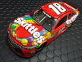 "Action/Lionel 1/24 ダイキャストモデル  ◆#18  Kyle Busch  ""M&M'S  Skittles""  Toyota Camry 2015   769台のみの限定モデル! 2015モデル・スキッテルが入荷しました!"
