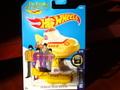 """ホットウィール 1/64 ダイキャストモデル ★  The BEATLES """"Yelow Submarine"""" コレクター必見! イエローサブマリンわずかに入荷!"""