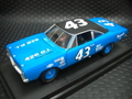 "Ertl  1/18 ダイキャストモデル   ◆#43 Richard Petty     1968 Plymouth ""Roadrunner""      MoparCollectableLimited◆SALE超特価・25%引き!"