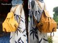 どっしり大きな本革リュック・黄色