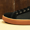 AREth shoe loll BLACK/GUM