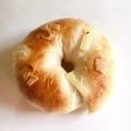 パインクリームチーズベーグル