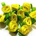 ミニミニ巻きバラ(黄色)