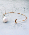 Serenity Pearl Bangle / 0450
