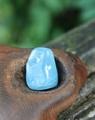 濃いめのブルー ミルキーアクアマリン 原石タンブル