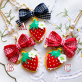 strawberry girl cookie ネックレス