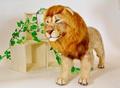 〈ライオン〉作家:岡島 奈津美 作品