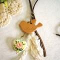 小鳥とハートのネックレス