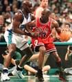 【カンファレンスセミファイナル】1998年 ジョーダン ブルズvsシャーロット ホーネッツ 第4戦