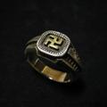 Swastika Ring K18