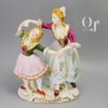 踊る母と娘 磁器人形 コロニアル風 オキュパイドジャパン