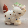 オキュパイドジャパン リボンをつけた猫 磁器人形