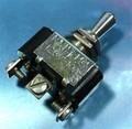 トグルスイッチ ON-OFF-ON (AC125V・10A/ネジ端子) [2個組]