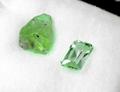 3,45CT大粒 高い透明感とテリのよさ 優しいミントカラーが美しいブラジル産ミントヒデナイト 原石付き