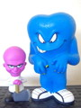 LOONEY TUNES~MAD SCIENTIST(PINK) & GOSSAMER(BLUE)~(FUNKO CARTOON CLASSICS)2008 FUNKO FUN DAYS EXCLUSIVE