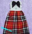 0045白ノースリーブ赤スカート
