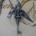 ネックレス・鍵と羽根