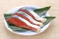 ロシア産 甘塩紅鮭3切