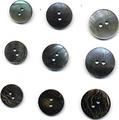 20mmの黒貝ボタン