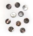 ヨーロッパのアンティーク貝ボタン<17mm>