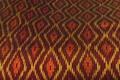 ひし形の幾何学模様が綺麗な絹絣