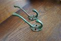 古い緑色のフック(2個セット)
