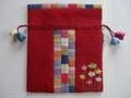 韓国伝統工芸「ポジャギと刺繡の巾着袋(小)・ワイン色」