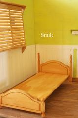 ブライス(30センチ級)の木のベッド