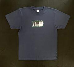 30周年記念「Natural」ツアーオリジナルTシャツ「鍵盤」