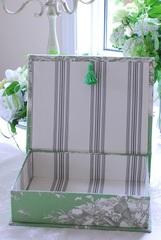 BOX トワルドジュイグリーン M