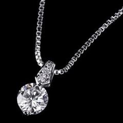 ジュエリーの仕上がり!人気のベネチアチェーン CZダイヤモンドペンダント 「フィレンツェ」