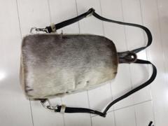 リュック:アザラシ毛皮使用(シール素材)ナチュラル色/黒