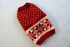 雪模様のセーター「赤」