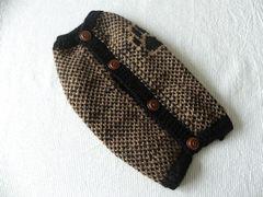 パウ柄のセーター「黒×ベージュ」