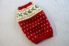ヒイラギのセーター「赤」