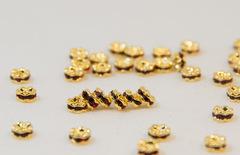 4x2 波型ロンデル(ゴールド) シャム