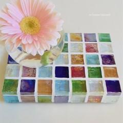 【受注制作】ガラスモザイクタイルのミニディスプレイトレイ(小物置き)カラフルMix