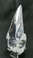 天然ジルコン原石・ミルキー~クリア235,9G母岩付き(スリランカ産)